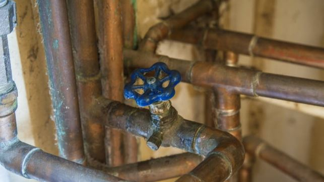 How to Avoid DIY Plumbing Mistakes